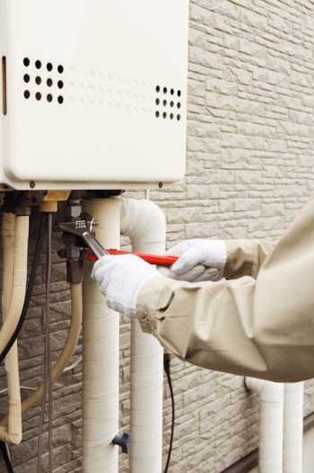 給湯器の交換・取り付け依頼先の探し方