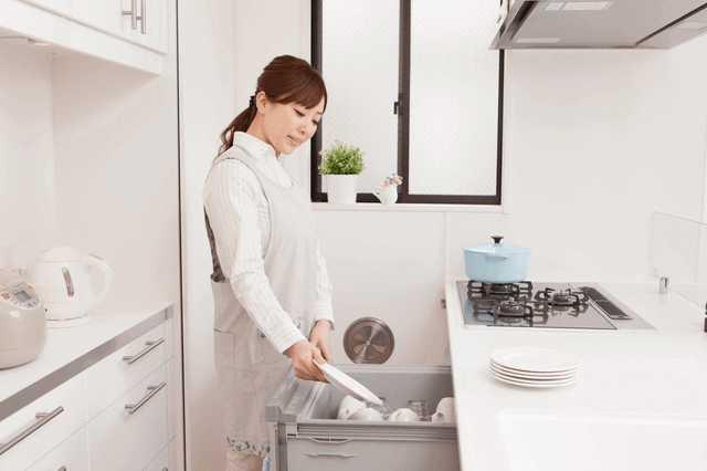 食洗機の口コミ!【便利 or 不便】本当はどっち?取り付ける場合の費用と注意点は?