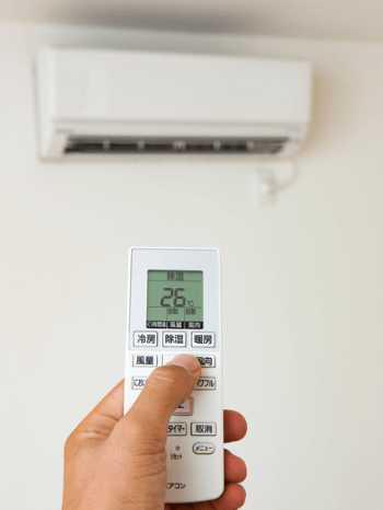 エアコンの効きが悪く冷暖房代がかかる