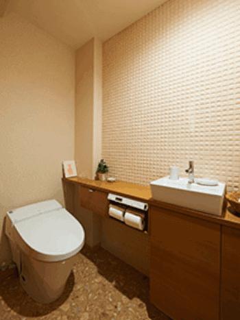 トイレ リフォーム 壁紙 画像