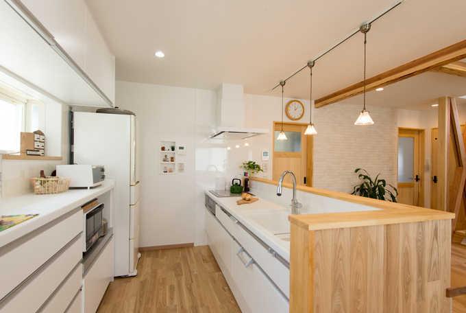 使いやすい理想的なキッチンの間取り・レイアウトって?実例やタイプ別のポイントを解説!