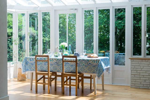 家の中に陽だまりを♪サンルームの魅力とは?増築・リフォーム価格はどれ位?