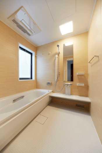 浴室・お風呂の壁(壁紙)リフォームの費用相場と注意点