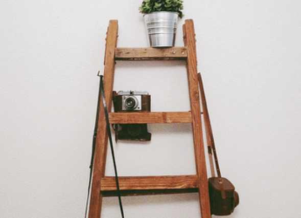 壁にたてかけるだけで便利&おしゃれ【ラダーラック】の活用術まとめ
