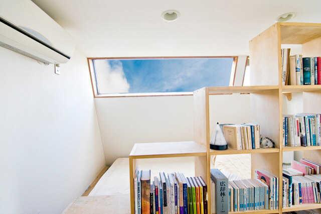 秘密基地みたいでワクワクする♪屋根裏部屋の活用方法