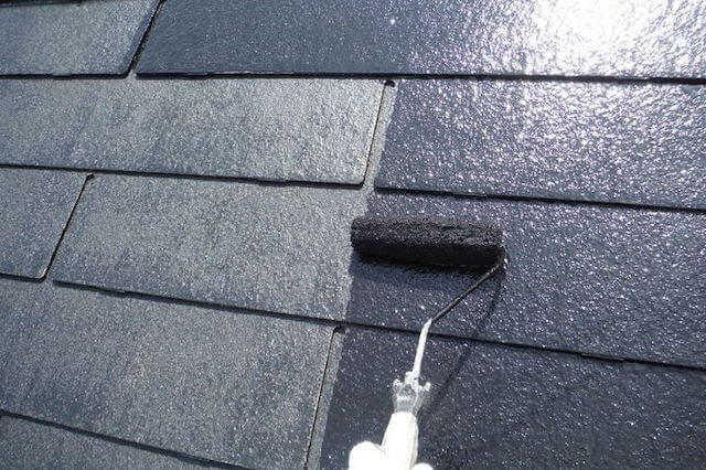 屋根リフォームの目安は?塗装/補修などのメンテナンス時期&費用相場!主な劣化症状や施工事例もご紹介