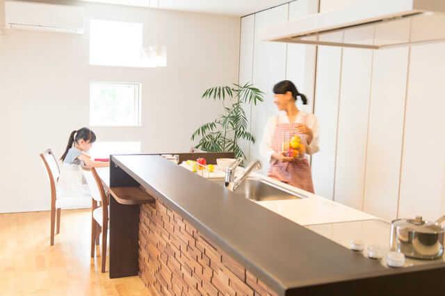"""""""アイランドキッチン&カウンター"""" のおしゃれなレイアウト♪"""