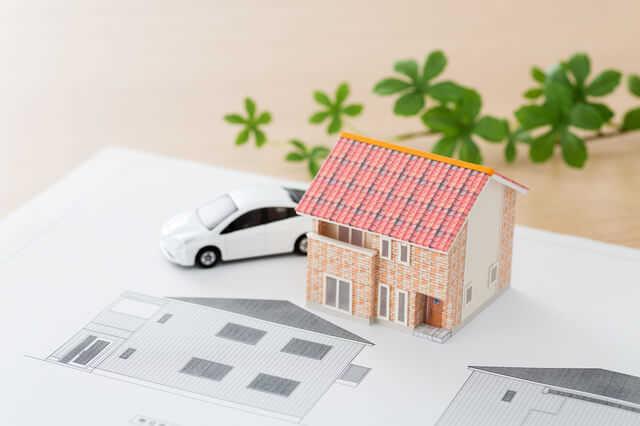 ビルトインガレージ増設リフォームの価格・費用!メリット・デメリットやシャッターの種類も解説
