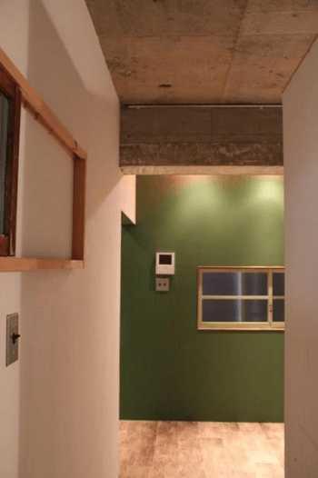 廊下・階段の壁紙リフォームのコツ!張り替え費用・おしゃれな施工例は?