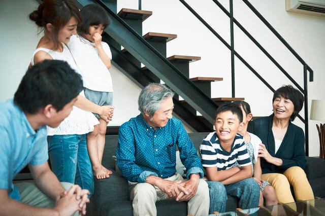 三世代(三世帯)同居・近居でおすすめのリフォーム事例!補助金や減税制度もご紹介