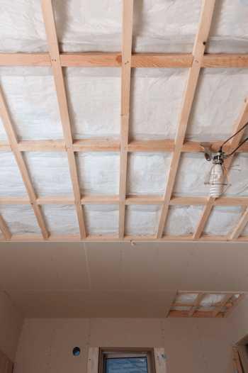 天井リフォームの種類や注意点、費用とは?