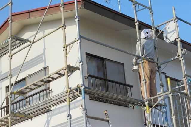 フッ素塗料なら最高級の外壁に!特徴・価格を徹底解説