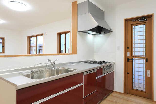 キッチンのリフォームを格安・激安に抑えるポイントは?!施工事例も公開