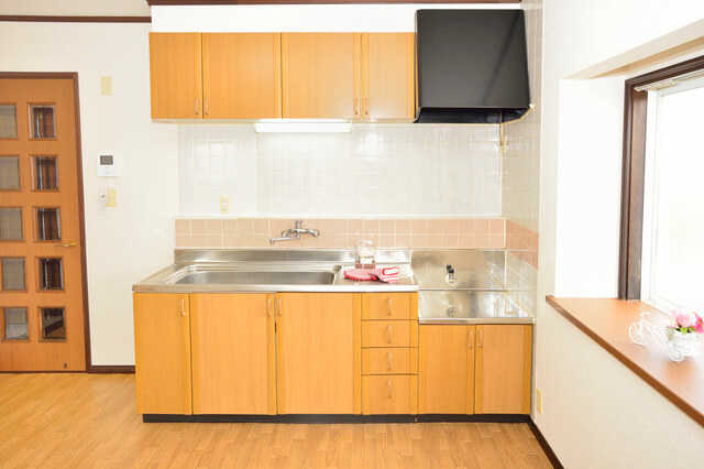 低コストでキッチンをリフォームした事例