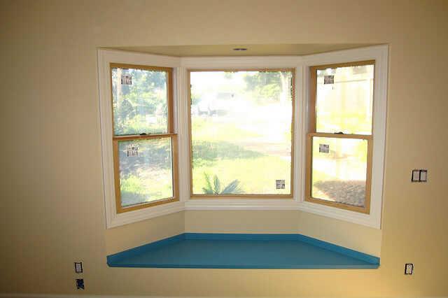 出窓のリフォームの費用と失敗を防ぐためのコツ