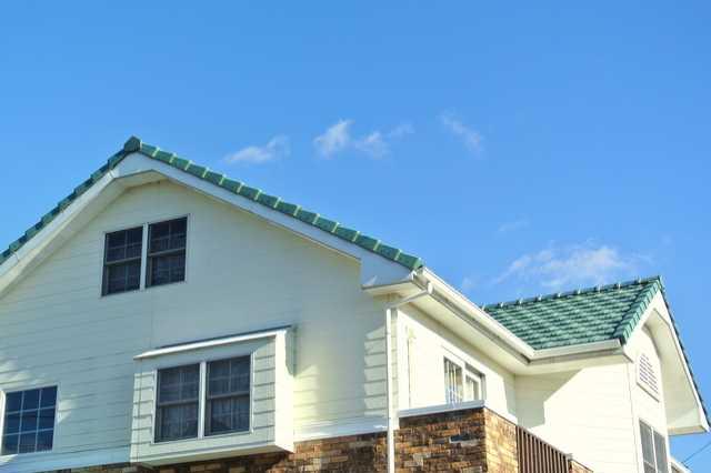【一級建築士 監修】屋根塗装・屋根リフォームの費用相場