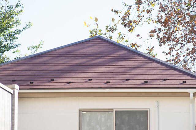 屋根の形10種類の特徴を解説!形状変更のリフォーム費用相場は?