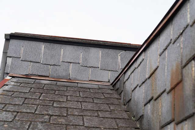 スレート屋根のデメリット・注意点