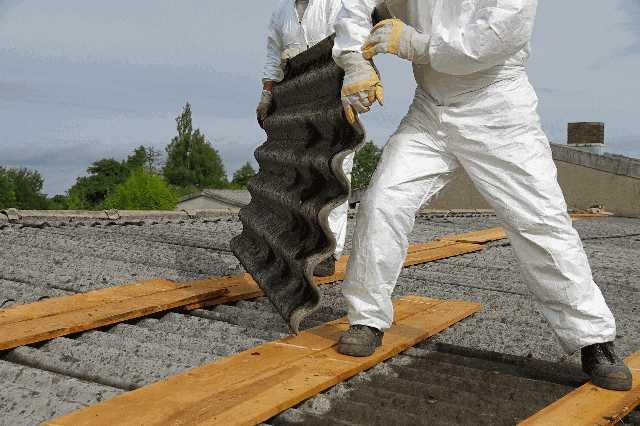 石綿(アスベスト)スレート屋根の処分・葺き替え費用と注意点