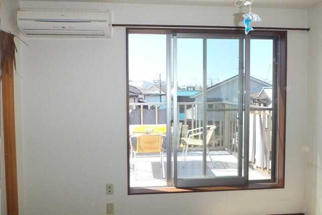 サッシは塗装で補修・メンテナンス可能?窓枠交換との費用も比較!