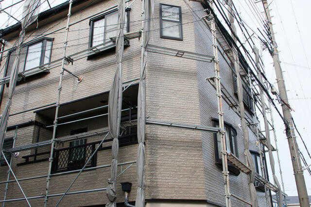 外壁の重ね張り(カバー工法)の金額内訳・施工単価