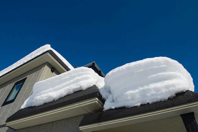 屋根の雪対策に詳しい業者と相談するのが◎
