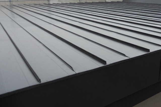 無落雪屋根の特徴