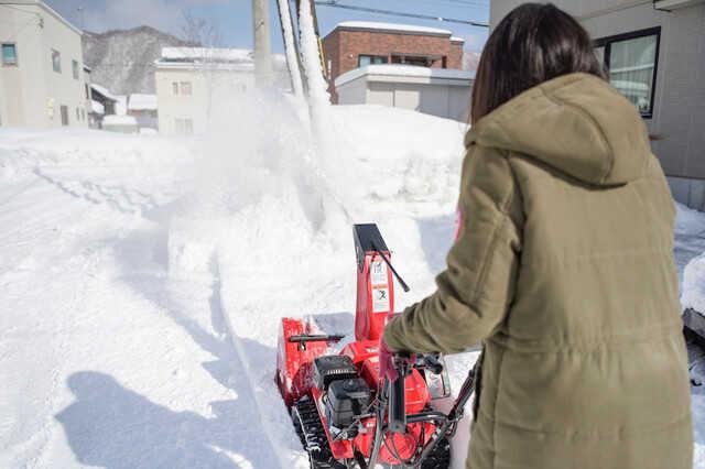 ロードヒーティングか融雪槽か、悩むご家庭は多い