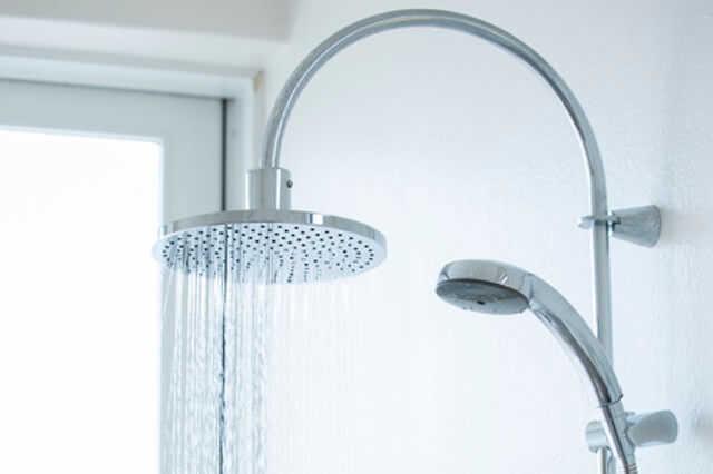 ④水栓・シャワーはスタイリッシュなデザインに