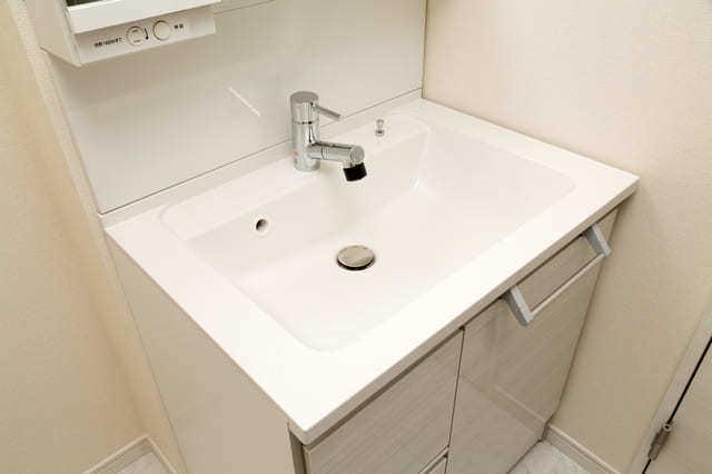 洗面台のみ:15〜50.5万円