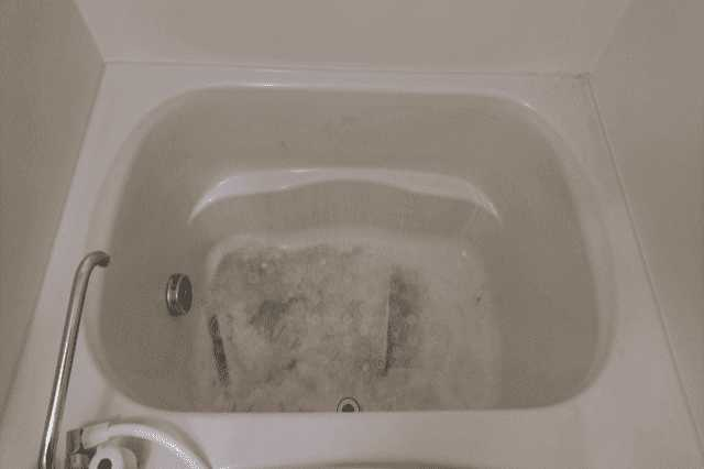FRP浴槽(ポリバス)の補修・塗装・メンテナンス費用