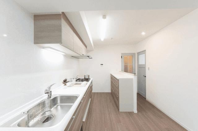 壁 付け キッチン レイアウト