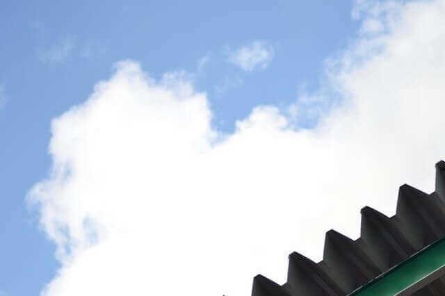 屋根の暑さ対策には、遮熱・断熱塗料がおすすめ