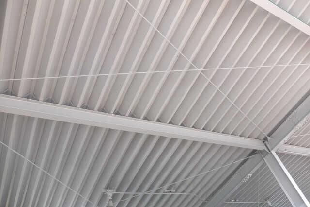 折板(折半)屋根の主なリフォーム方法・価格帯