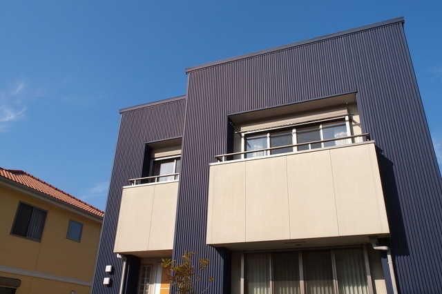 金属系サイディング外壁材のリフォーム価格・施工例・おすすめメーカー5選!窯業系との違いは?