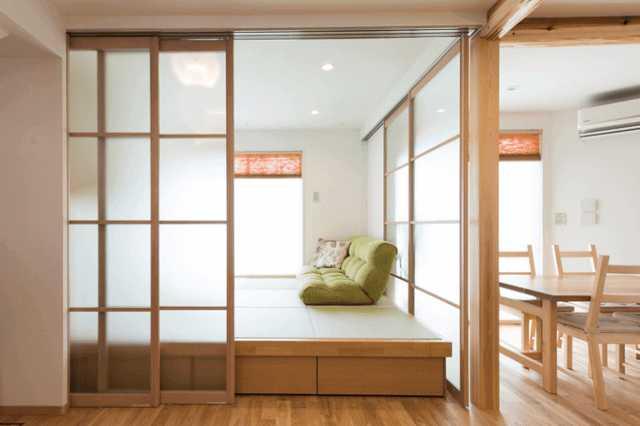 小上がり和室のメリット/デメリットや最適な広さ/段差の高さは?後付け費用/リフォーム実例も公開