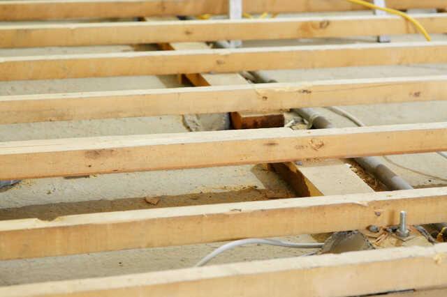 シロアリ駆除/根太・床材の交換にかかる費用