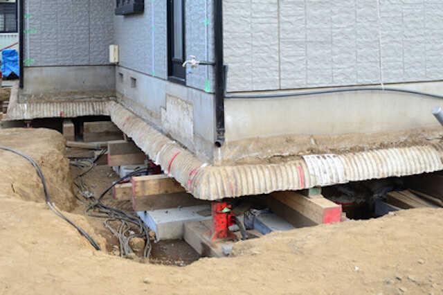 不同沈下(地盤沈下)の修正/地盤改良の工事にかかる費用・工期